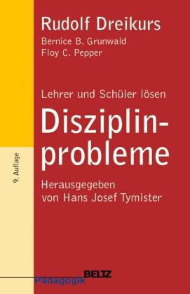 Lehrer und Schüler lösen Disziplinprobleme
