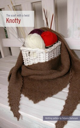 Knotty. The scarf with a twist